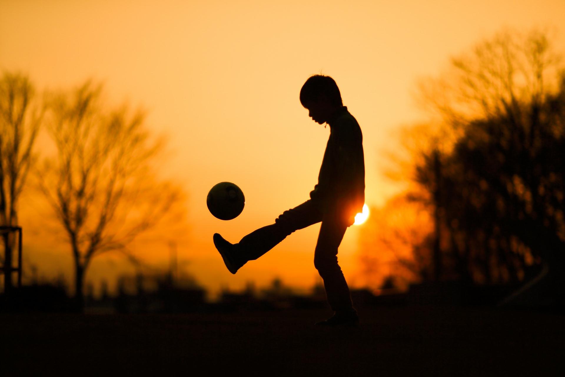 少年サッカー リフティング